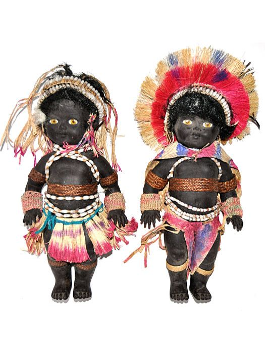 Dolls in Traditional Costumes, Papua New Guinea - 9181